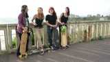 Longboard Girls Crew France – Chillin' @ Roxy Pro 2012 in Biarritz