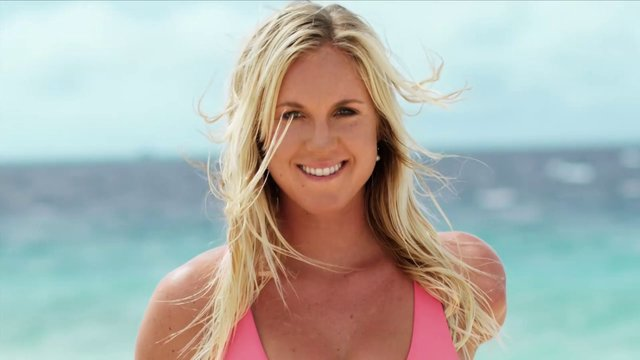 Escape in My Bikini – Bethany Hamilton