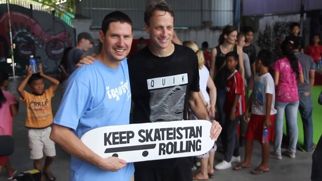 Keep Skateistan Rolling into 2014